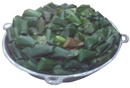 moi moi wrapped in uma leaves
