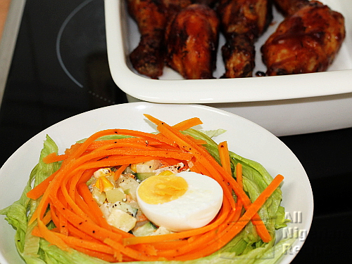serving bird's nest salad