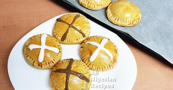 hot cross meat pies