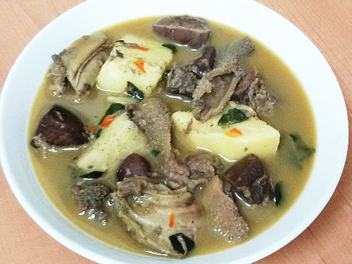 yam and peppersoup weird food combinations that Nigerians love